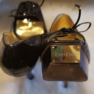 bebe Shoes - Bebe - Brown patent leather heel, size 8